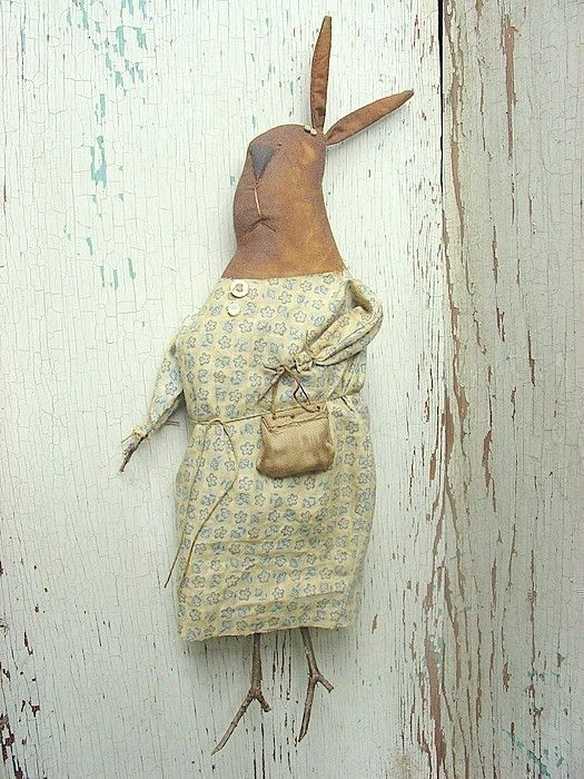 Mrs. Dewlap A Raven's Haven Primitive Pattern by thegoodewife