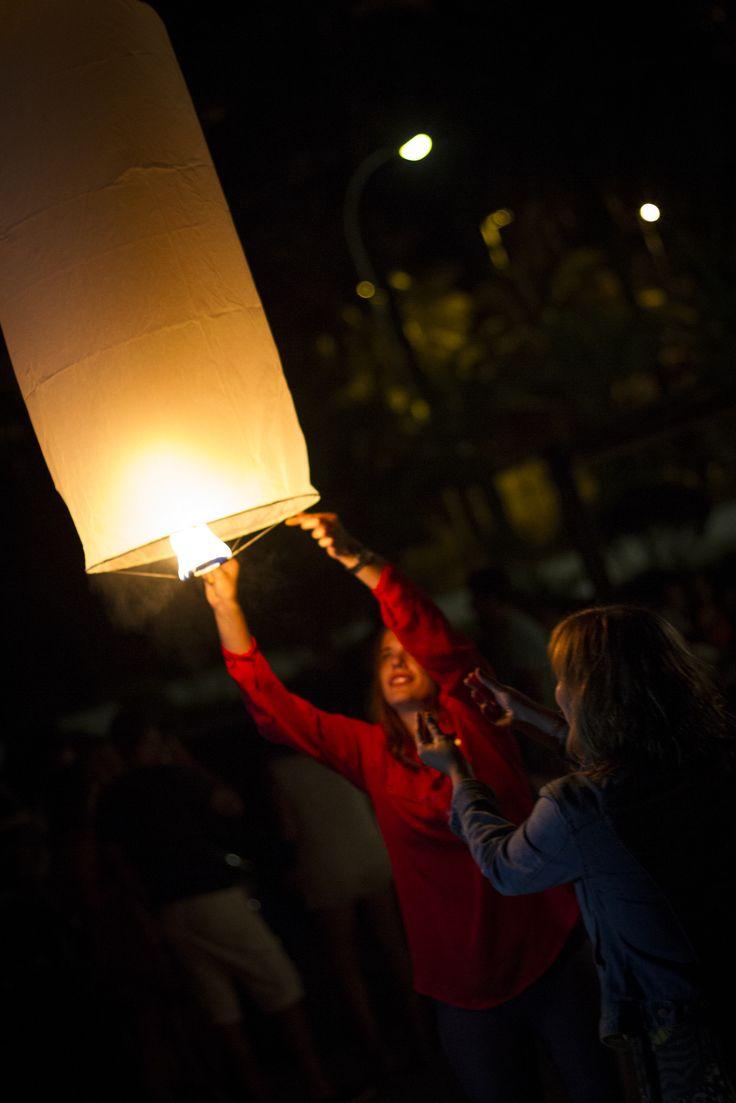 Inauguración del Chiringuito La Perla Negra de Cullera. Y que mejor forma de hacerlo que lanzando Llumys...