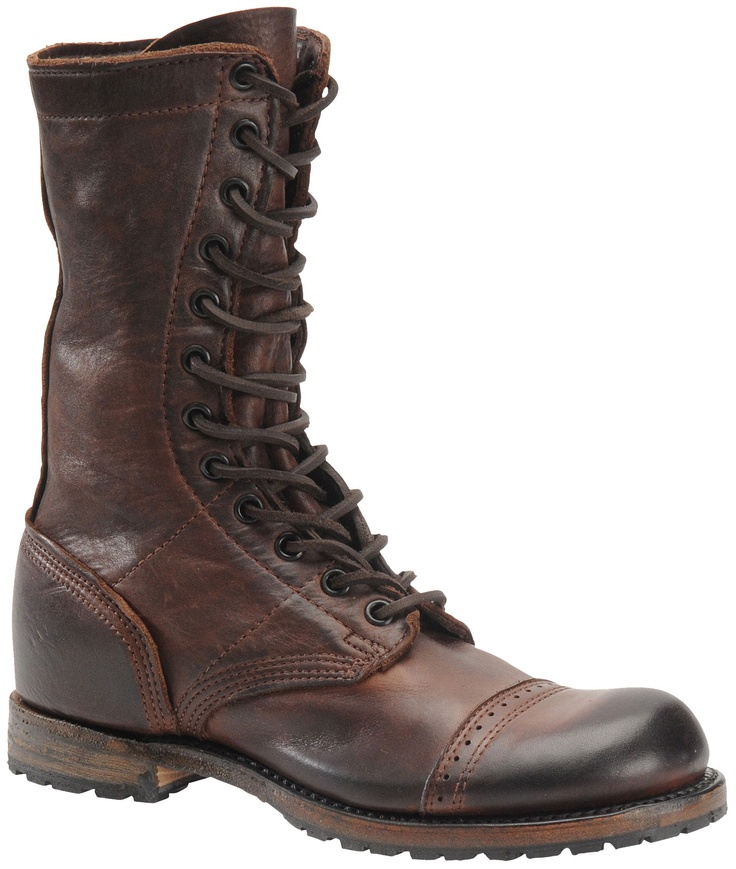 Vintage Shoe Companys Nathaniel Jump boot, WWII inspired paratrooper boot, very comfortable with great detailing.