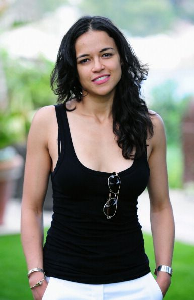 Cara Delevingne's Ex Girlfriend Michelle Rodriguez Not Looking For ...