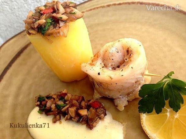 Zubáč na masle so zemiakom plneným hubami (fotorecept)