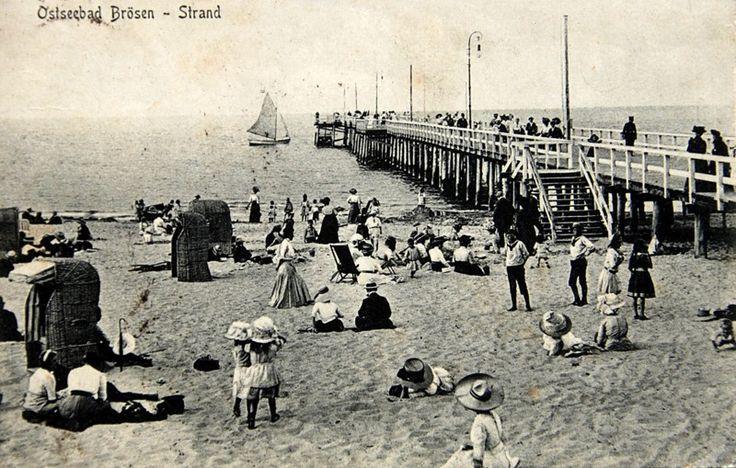 Po deskach w morze. Mola przed wojną i dziś; molo, Westerplatte, Jelitkowo, Sopot, Gdynia Orłowo