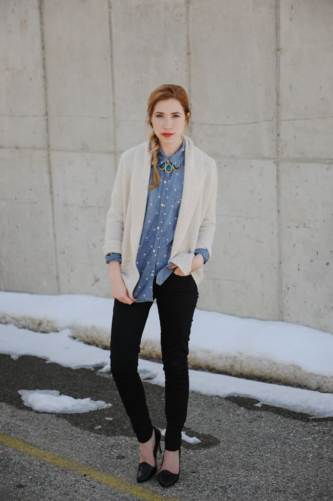 buttoned polka dot chambray, drapey cardigan, statement necklace under collar. skinny jeans. boom. doing this soon.