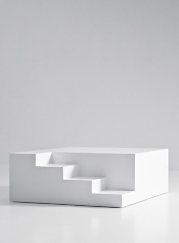 Mezzanino, table-podium in white | table . Tisch | Design: Noa Ikeuchi & Tommaso Nani |