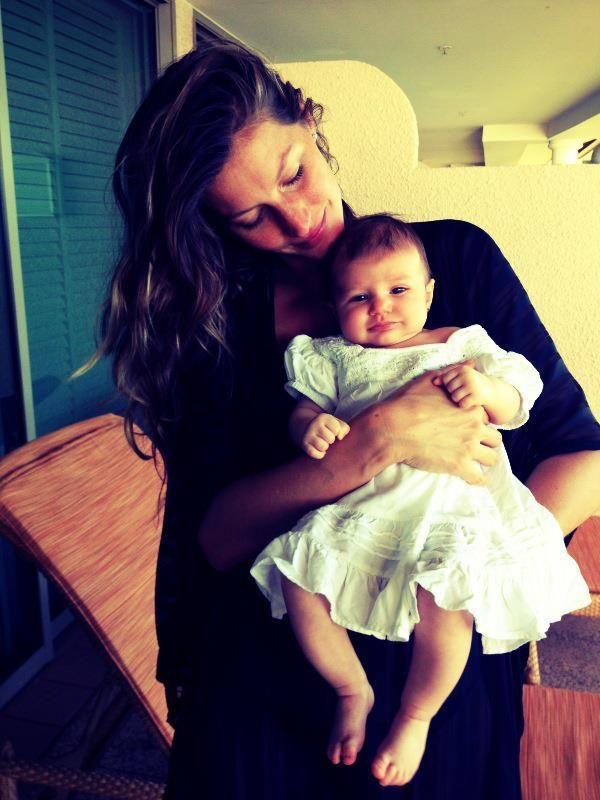 Gisele Bündchen Shares a First Photo of Baby Vivian Brady! #gisele