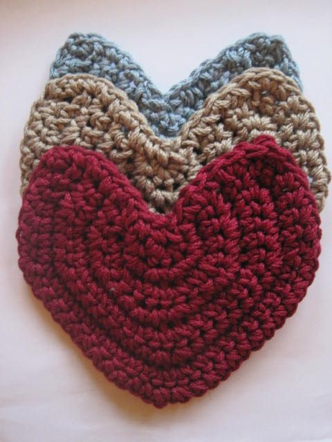 crochet pattern cool coasters 4 different take on making a heart shape be