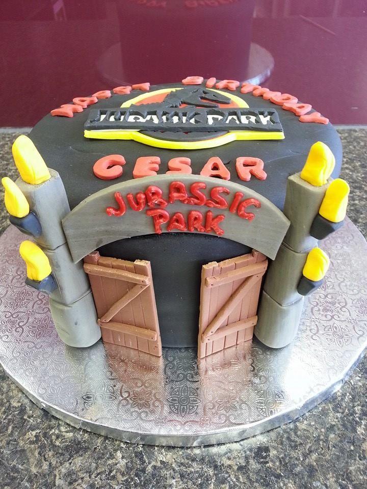 Jurassic park birthday cake custom cakes pinterest park birthday and jurassic park - Jurassic park builder decorations ...