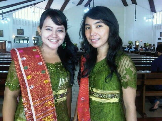 'Kebaya with Ulos' from North Sumatra