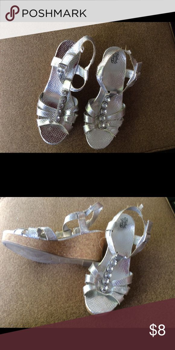 Silver wedge sandals with bling; tween girl's Dressy wedge sandals for a preteen; 5 large rhinestones on the crosspiece of each foot; outgrown Faded Glory Shoes