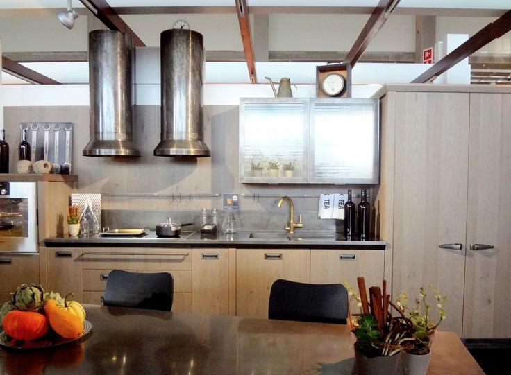 Scavolinin ja Dieselin yhteistyön tulos Diesel Social Kitchen. Ehdottomasti yksi messujen helmistä. #sisustus #scavolini #diesel #keittiö #habitare2014