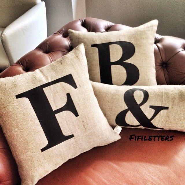 Klasikleşen yastıklarımızdan F&B  #fifiletters #pillows #yastik #yilbasi #hediye #harf #aydinlatma #lamba #kirmizi #dekorasyon #ev #decoration #tasarim #design #mavi #sarı #yesil #pembe #vintage #kisiyeozel #isim #ampul #siyah #beyaz #kar #kis #winter #snow #family #smile #wife #husbant #beyaz