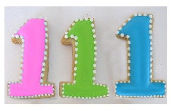 1st birthday party favor cookie:
