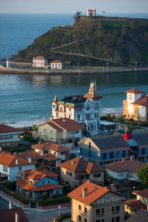 Hotel Villa Rosario, en la playa de Ribadesella (Asturias)