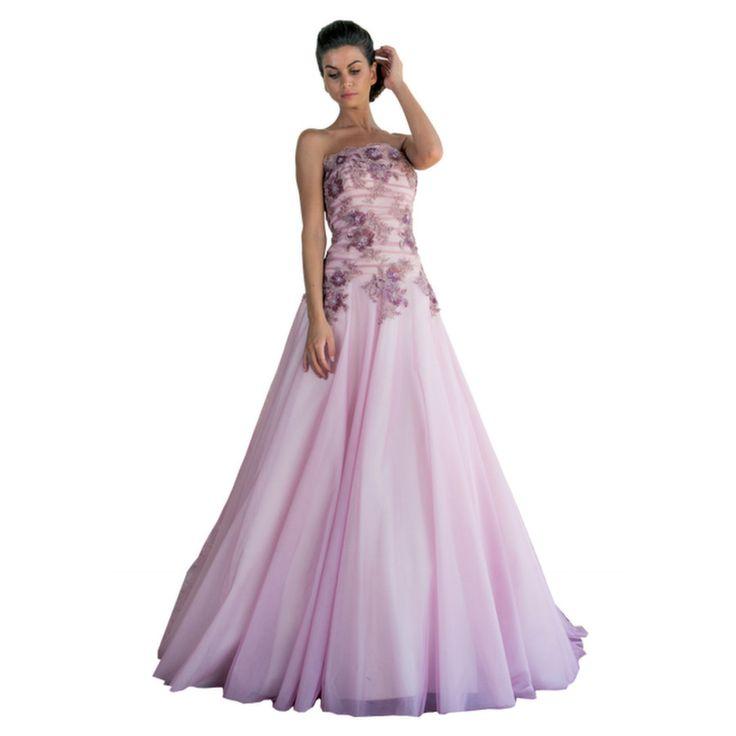 Le nuove tendenze sposa ci propongono il colore, in Atelier è disponibile questo stupendo modello di abito della collezione Maria Pia.E' un abito decisamente importante con grandi ricami. Con cosa possiamo portarlo ? Ecco i nostri consigli: