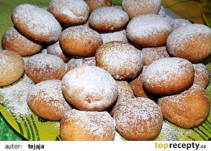 Skořicové koláčky s jablečnou náplní recept - TopRecepty.cz
