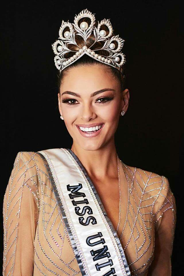 Demi Leigh Nel Peters - South Africa - Miss Universe 2017  e0e043c51458