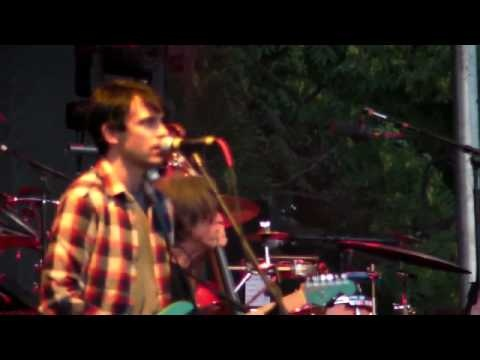 Modest Mouse - Tiny Cities Made Of Ashes - Pitchfork '10