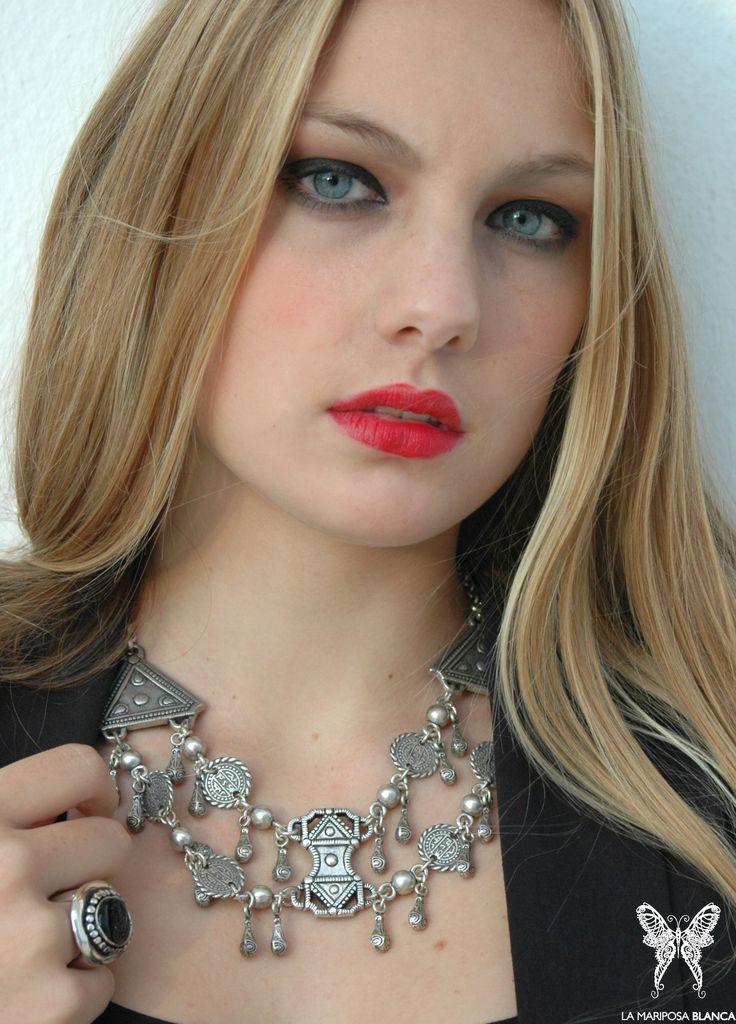 La Mariposa Blanca Jewelry Boho gipsy necklace