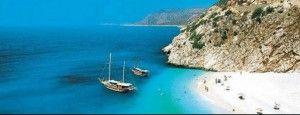 Пляжи, море и яхты для вашего отдыха.