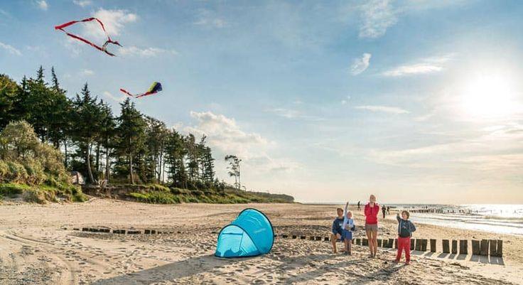 Campingplatz Warnemuende Fischland Darss Lagerfeuer am Ostee Strand