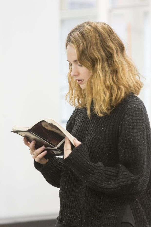 "booksareeverywhere: "" Lily James reading Romeo and Juliet during rehearsals for the Kenneth Branagh Theatre Company's Romeo And Juliet. """