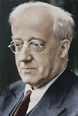 Gustav Holst-another English composer. Listen to the Planets or the First or Second Suites.