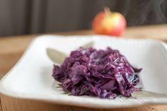 Zelf rode kool maken? Ja, lekker! Met dit recept voor rode kool met appel, maak je zelf in een handomdraai de allerlekkerste rode kool!