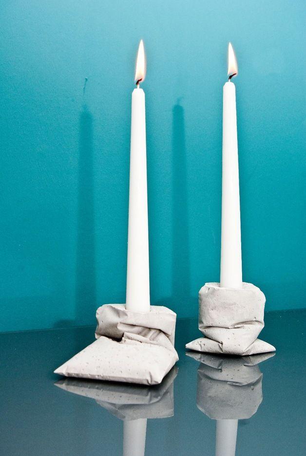 Beton Trend: Ungewöhnliche Kerzenständer im Set / concrete love, fancy candle stands by LJ Lamps via DaWanda.com