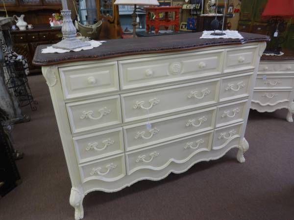 Best Sold Lovely 9 Drawer Dresser Creamy White Base Dark Wood 640 x 480