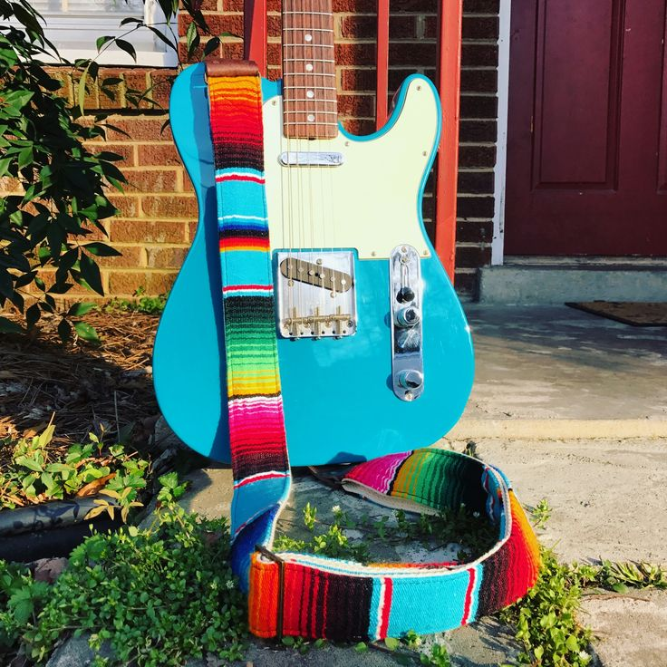 We've teamed up with our buddy @desmachine to collaborate on a new collection of straps! The Serape guitar strap in Desmachine is live and we're almost sold out. If you want one, head over to  and grab it fast! Happy #friday y'all! #originalfuzz #guitarstrap #sarape #mexico #fender #telecaster