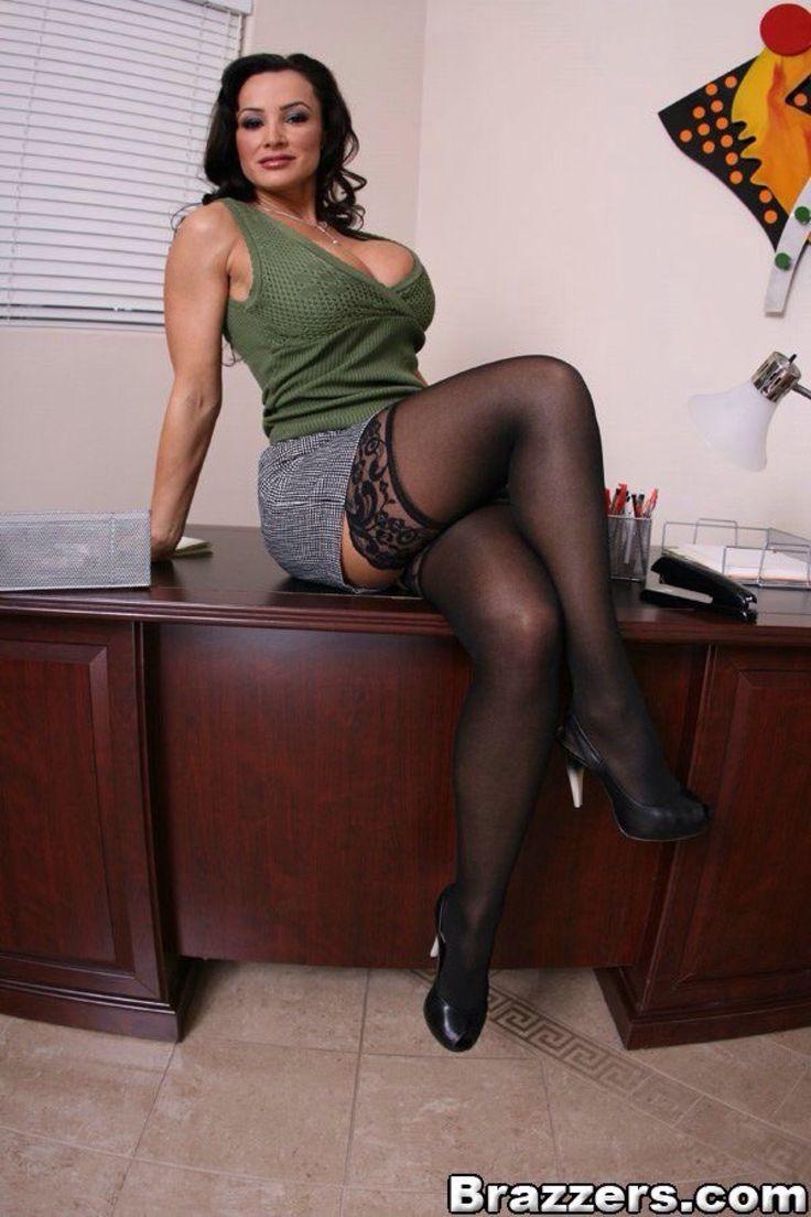 Lisa ann sexy clothes