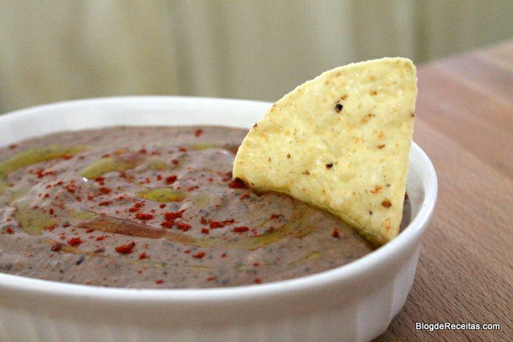 Black Beans Hummus - Hummus de Feijão Preto by Gabriela Dedolph