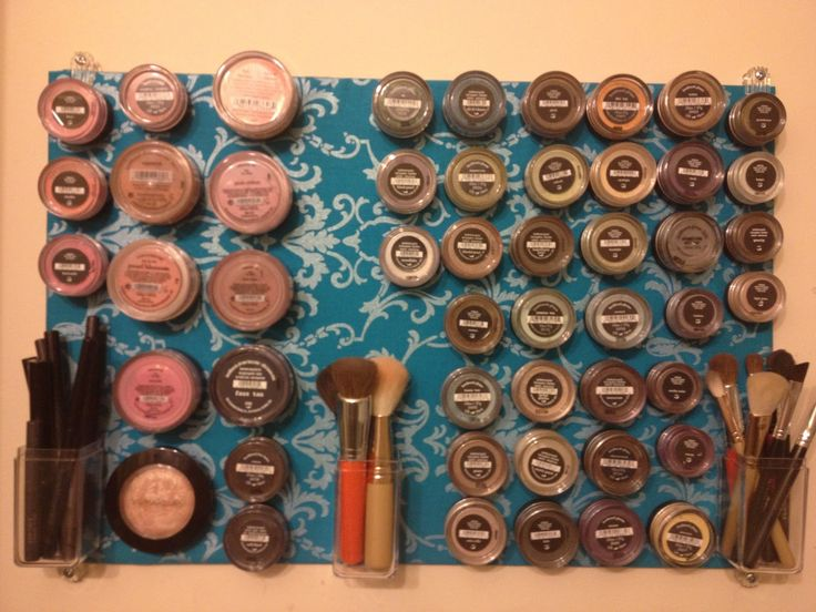 Magnetic Makeup Board- SUCCESS! :) Great for Bare Minerals organization!