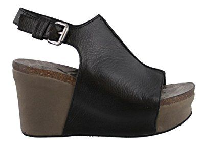 6d0da4ed6831 OTBT Women s Jaunt Wedge Shoe Review