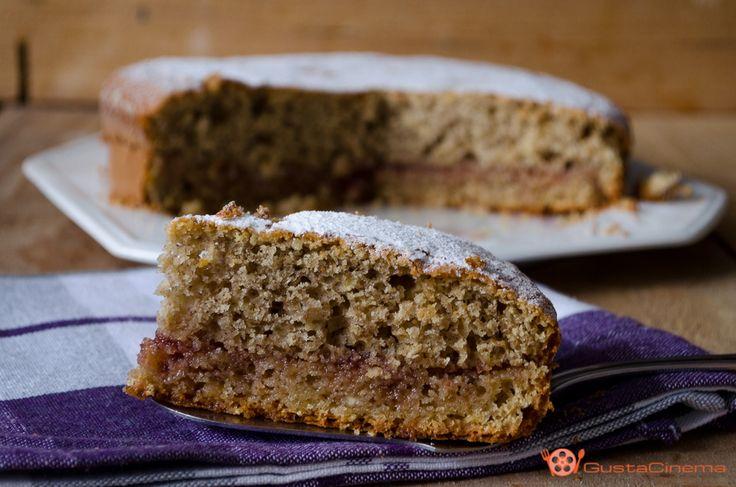 Torta farina d'orzo con marmellata di ciliegie è un dolce semplice da preparare adatto per una colazione o merenda gustosa e leggera.