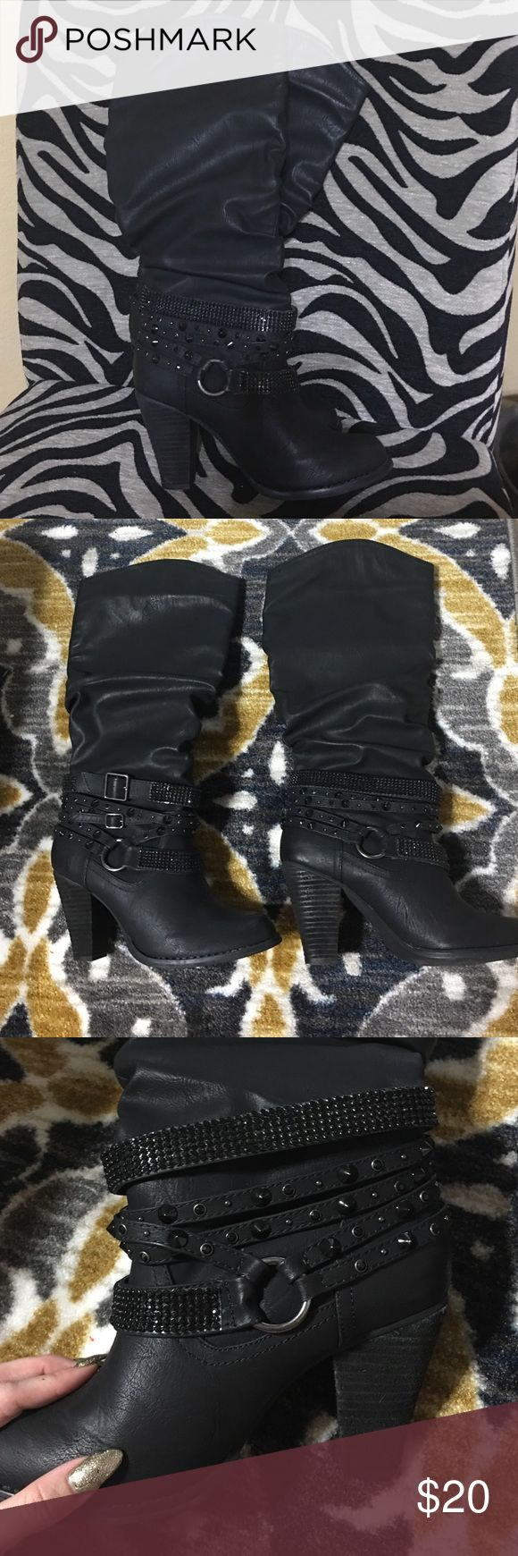 Black Knee High Boots ✨Size 9.5, woman's black high heeled, hawt boots.✨ Shoes Heeled Boots