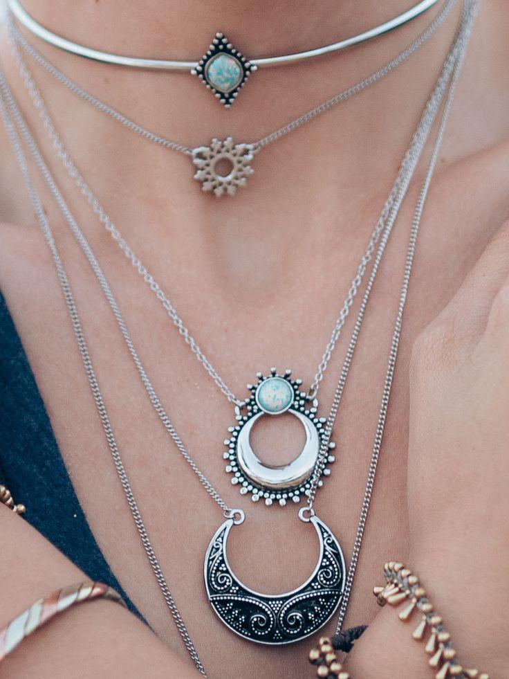 Eclectic Shop Uk Skull Gothic Statement Necklace Long Chain Bohemian Boho Pendant BibZpIp