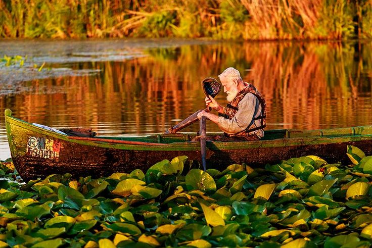 #AutumnDestination of the day - Danube Delta. Behind the lens Sorin Onisor #natural #delta #fishing #natural #people