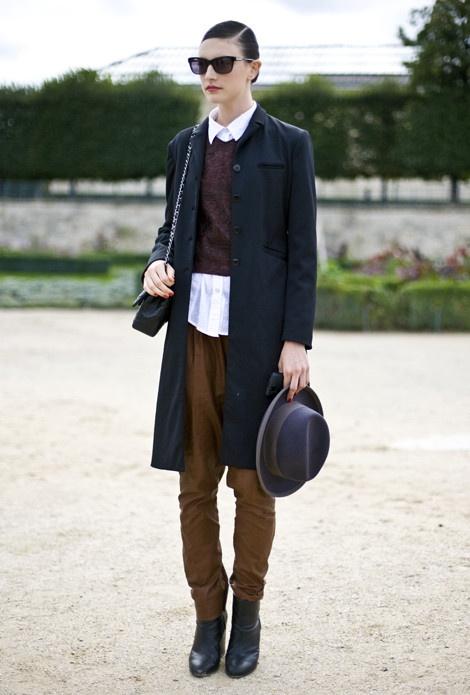 Jacquelyn Jablonski, Paris Hat