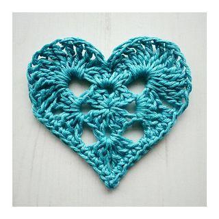 Granny Heart - free crochet pattern by Crochet Tea Party. http://www.crochetteaparty.co.uk/2015/02/granny-heart-for-valentines-day.html