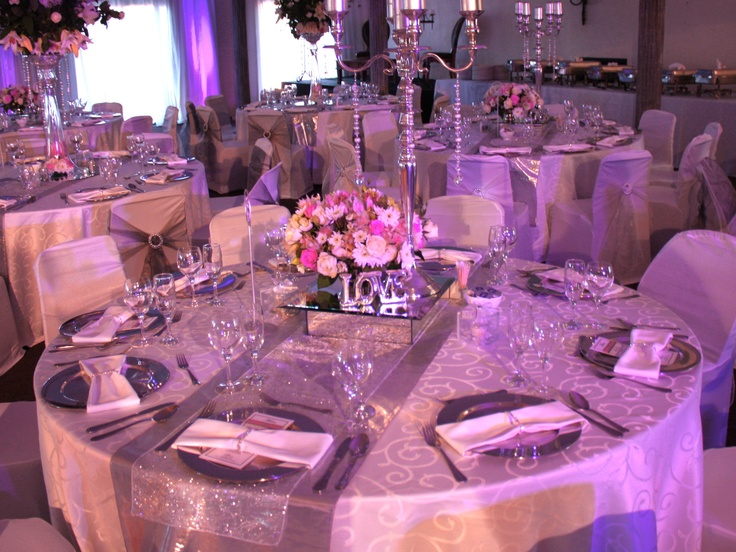 The Effect Of A Light Purple And Silver Lighting For Table