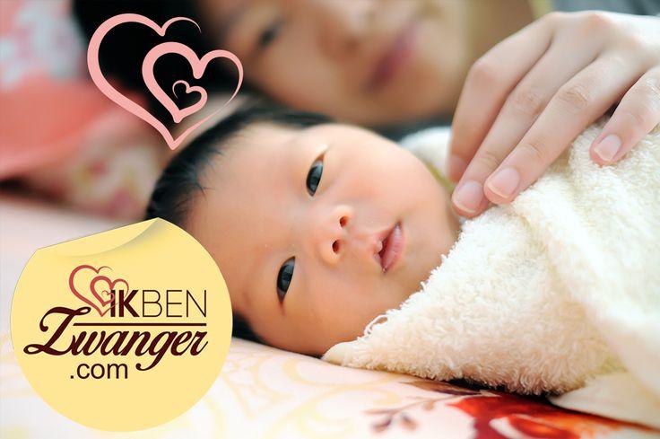 """#Zwanger in #China #blog   In China worden vrouwen als onderdeel van de familie van hun man gezien zodra ze trouwen. Aan mannelijk nageslacht wordt daarom veel waarde gehecht; zonder zoons wordt de familielijn niet voortgezet. Eén van de ergste dingen die je je voorouders aan kunt doen. Een Chinese uitdrukking die goed weergeeft hoe belangrijk dit is in de Chinese cultuur is: """"Een dochter opvoeden is als het bewateren van de tuin van de buurman""""."""