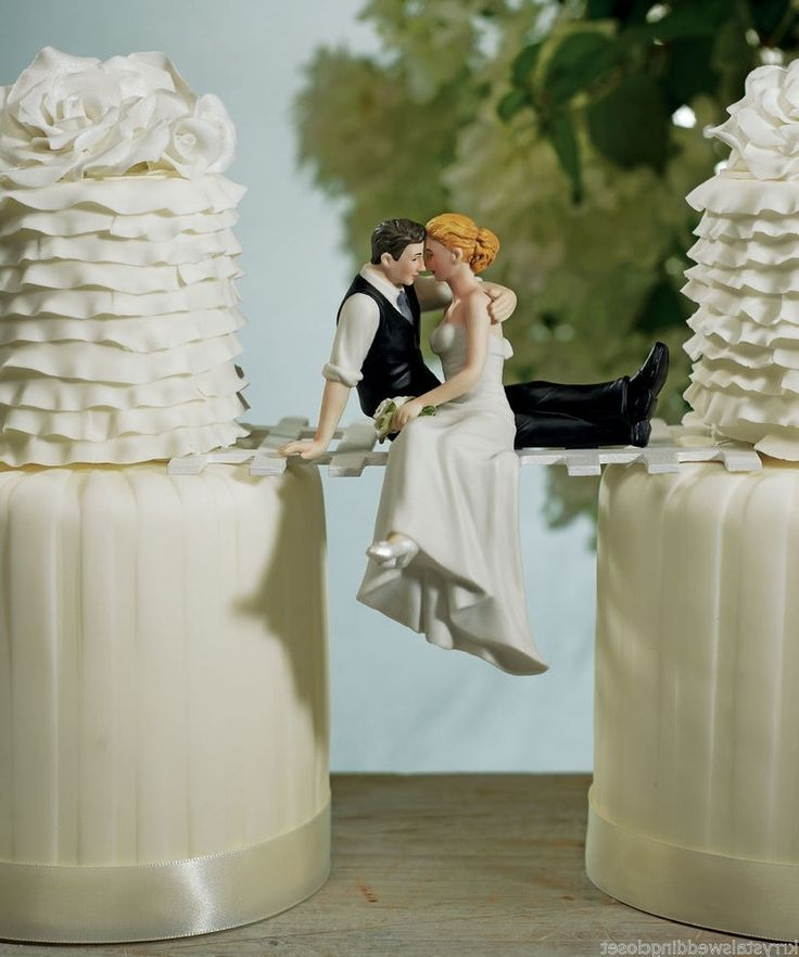 cool wedding cake topper ideas best 20 unique wedding cake toppers ideas on 12941