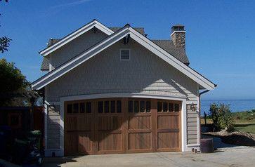 10 best cape cod houses images on pinterest cape cod for Cape cod garage doors
