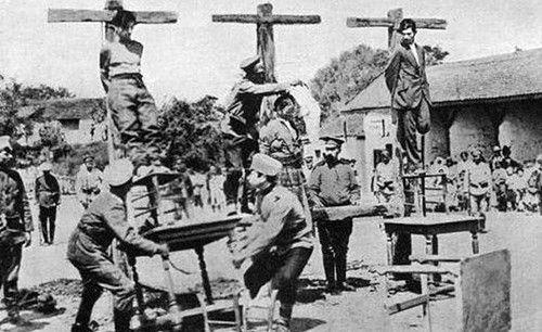 http://oboguev.livejournal.com/feed/  Австрийцы и сечевики жестоко расправлялись с неугодными. («Талергофскій альманахъ», 1924