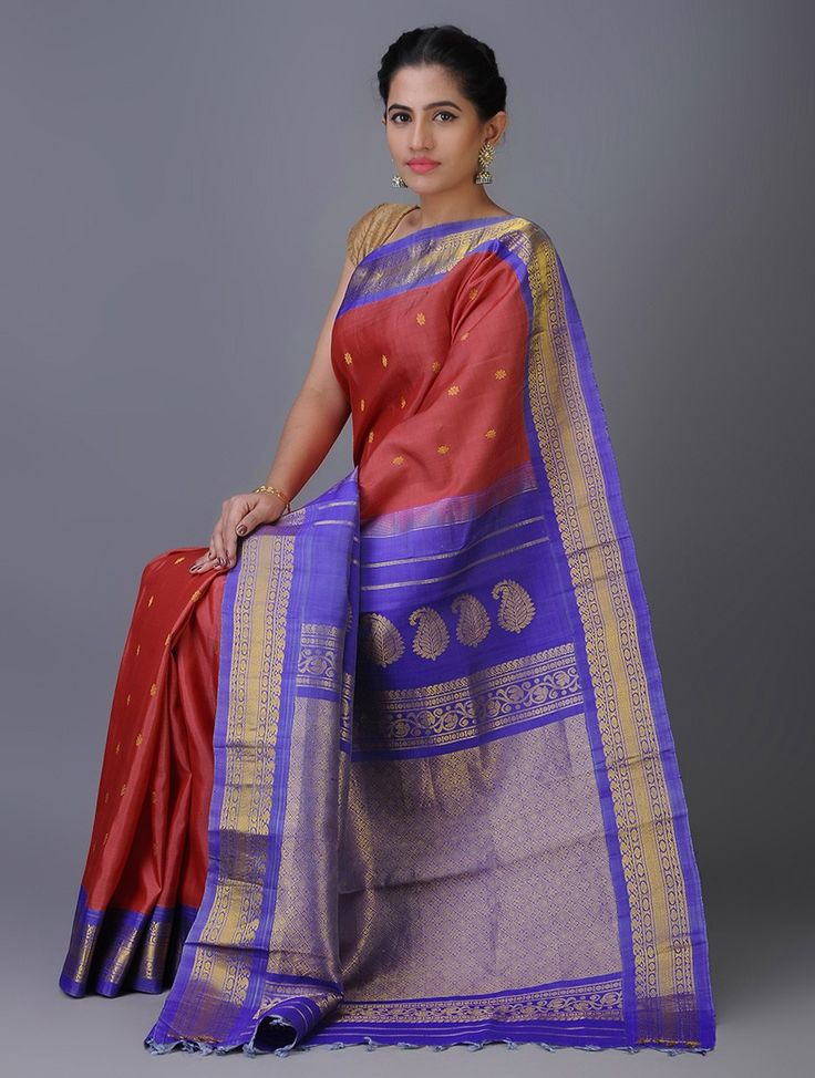 Gadwal silk handloom saree, curated by Omnah, available on www.Jaypore.com