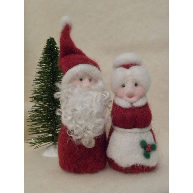 etsy shop all4fiberarts Santa and Mrs. Claus needle felt wool Christmas decor