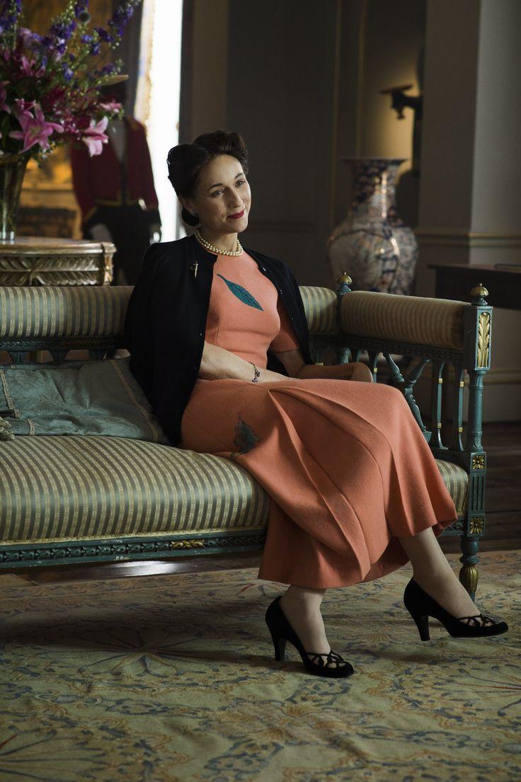 Simpson, Duchess of Windsor in Netflix's The Crown 2016