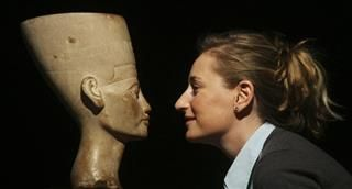Nefertiti Bust May Be Ancient 'Makeover'