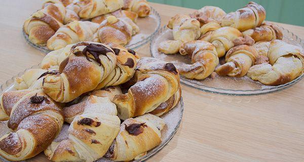 Le Brioches di Antonio: Brioches all'ischtitana. Brioches alla crema, al cioccolato, al prosciutto. Guarda la ricetta.